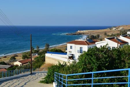 Capedee Holiday Villa - Rumah