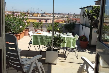 Roof terrace in Trastevere