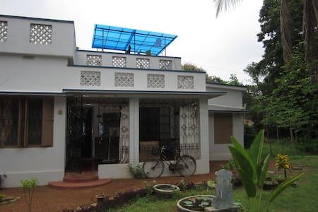 Guestroom in bungalow