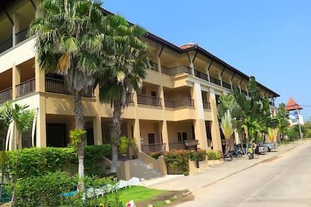 Khao Lak Mohin Tara Apartment - Tambon Khuekkhak - Apartament