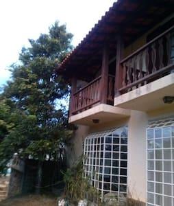 Casa em sitio a 90 km do RJ - Miguel Pereira - Cottage