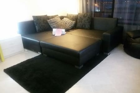 Private Couch/Sofa (1 or 3 pax)