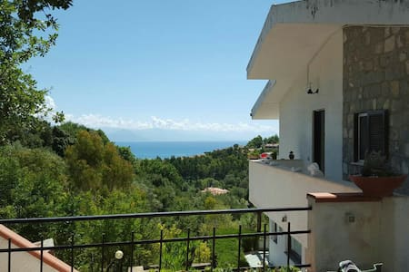 Scario-Cozy appartment with great seaview - Scario