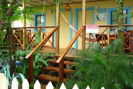 Saigoncito  3: with full kitchen