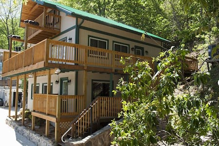 Awesome cabin with great views - Gatlinburg - Blockhütte