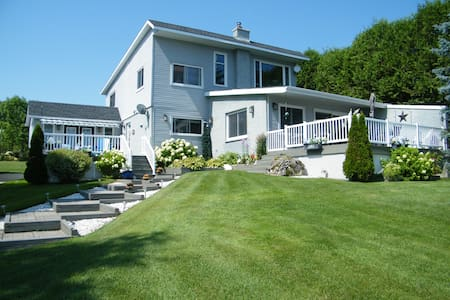B N B  Suite By the Bay  Bruce Peninsula Country - Bed & Breakfast