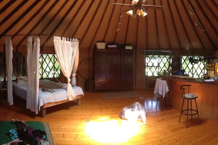 Private Yurt for sublet end of sept