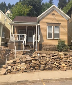 Deadwood vacation rental 1 block from downtown - House