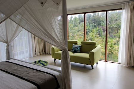 King bed with tropical view!
