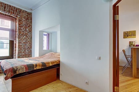 Cozy and modern flat in the very center - Sankt Petersburg - Wohnung