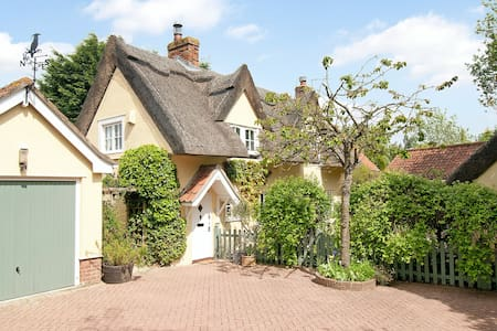 Jasmine Cottage Bed and Breakfast - Great Waldingfield - Bed & Breakfast