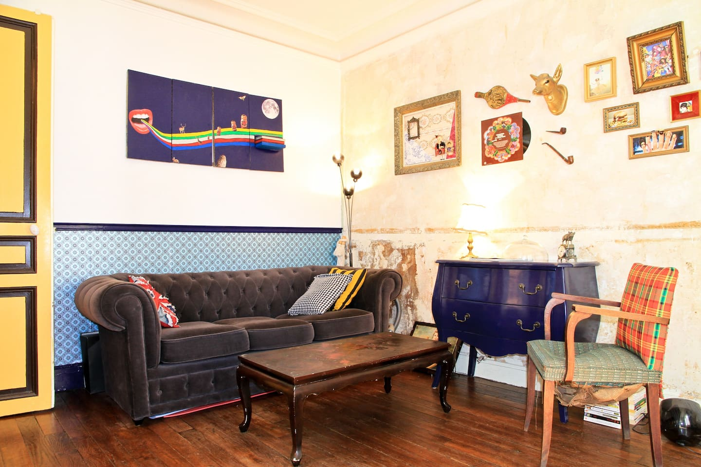 Chit-Chat area - the Chesterfield experience  : )