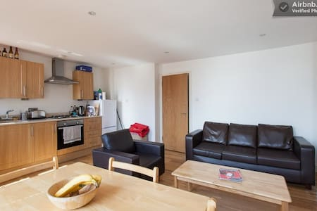 Affordable room in vibrant Brixton