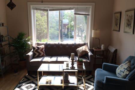 Sunny First Hill Studio