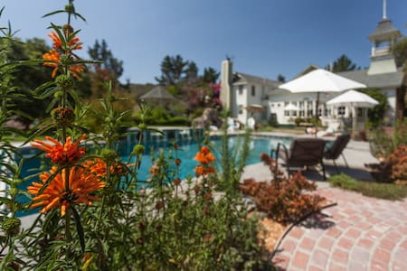Petite Barn - Arroyo Grande - Bed & Breakfast