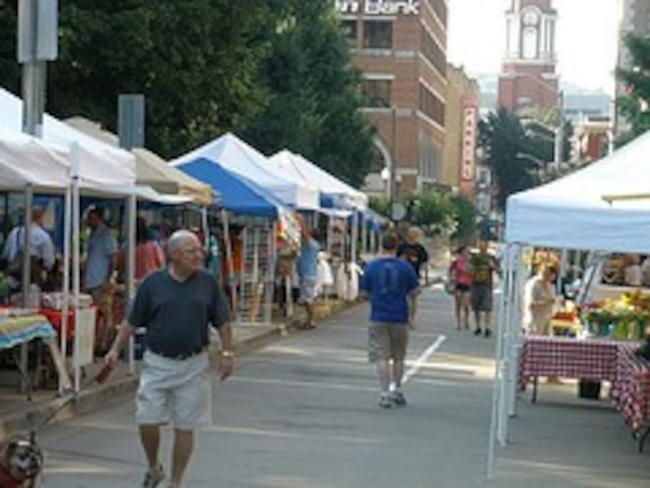 Our farmers market downtown, it's loads of fun and great, yummy food. Our house is 8 minutes from downtonwn!