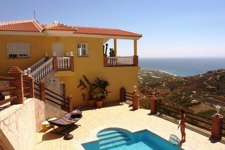 Cortijo met zeezicht, privé-zwembad
