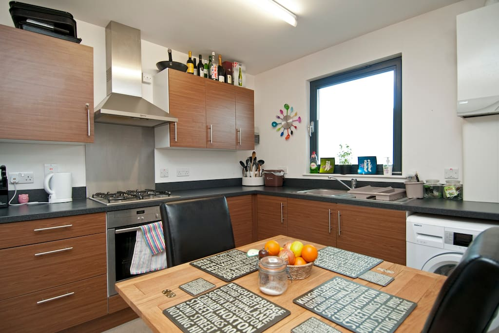Modern 1 bed flat, Central London