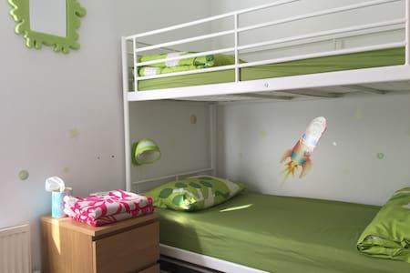 Bunkbed room. - Bed & Breakfast