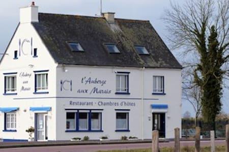 Chambres d'Hôtes en Normandie - Montmartin-en-Graignes - Bed & Breakfast