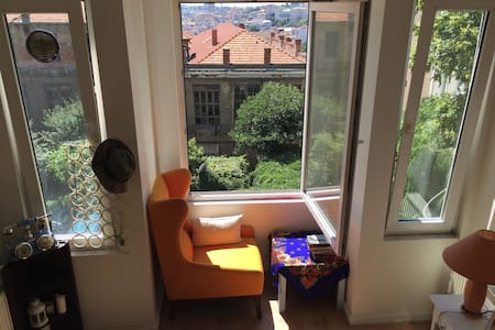 STUDIO APARTMENT IN TAKSIM