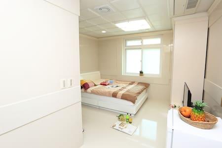 체험과 함께하는 김삿갓휴게소의 커플룸 - Villa