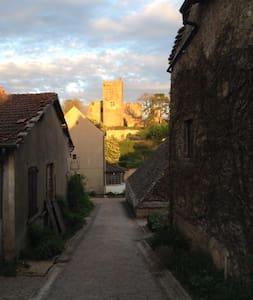 Vieux logis - Martailly-lès-Brancion
