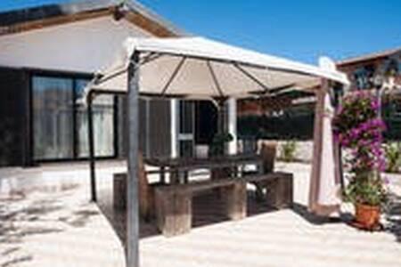 Stanza privata in villa - Catane
