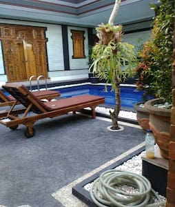 Sunny pool-side home in local Ubud