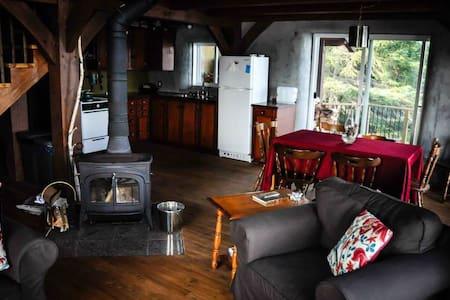 Whiskey Jack - Falcon Trails Resort - Falcon Lake - Chalet