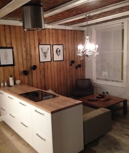 7 min walk to Oslo Central Station