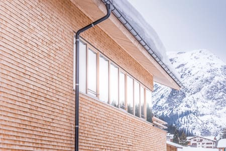 Design Chalet No 686 in Lech - House