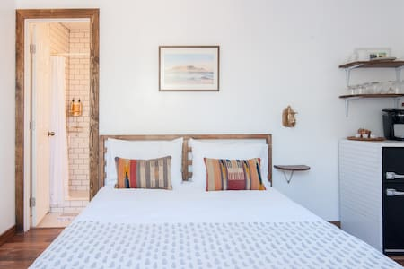 Cozy guest house with private deck - San Diego - Cabaña