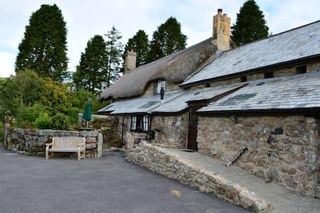Idyllic Dartmoor Cottage - Postbridge - Apartamento