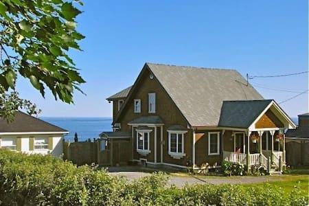 Superbe maison au bord de mer - Sainte-Flavie