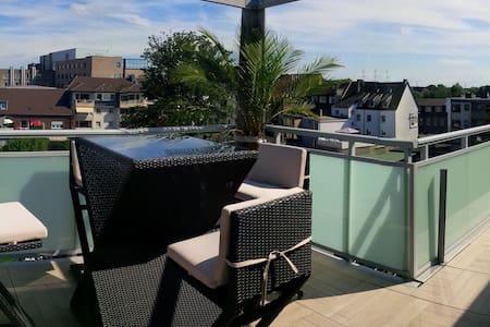 50m2 Industry Lounge & roof Terrace - Oberhausen