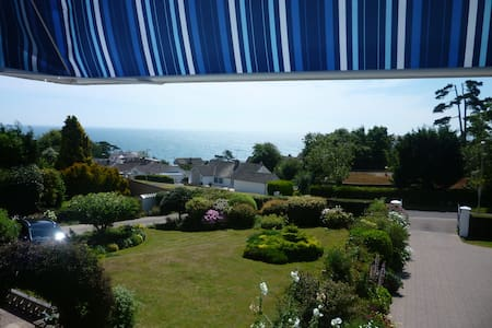 Room with a View + Beer Beach Hut - Seaton - Pis