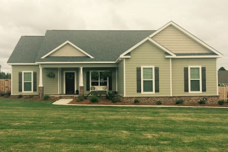 Charming house near GA Southern! - Statesboro - House