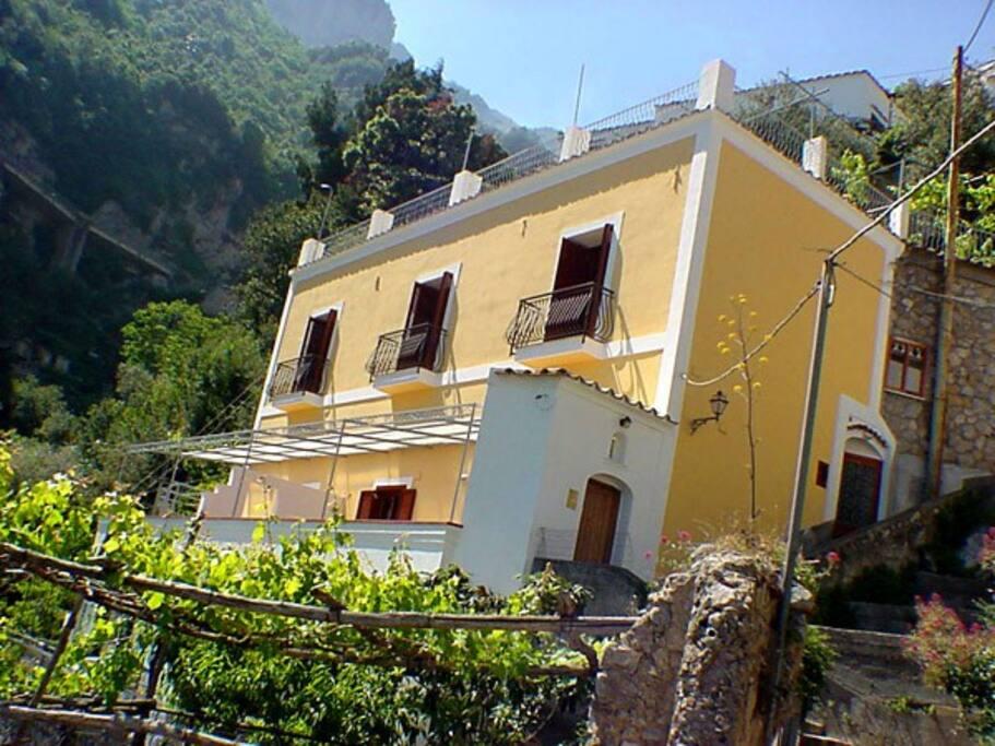 Facade of Concetta Apartment in Positano