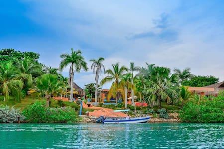 EspectacularVilla Nautica ISLA BARU - Cartagena de Indias