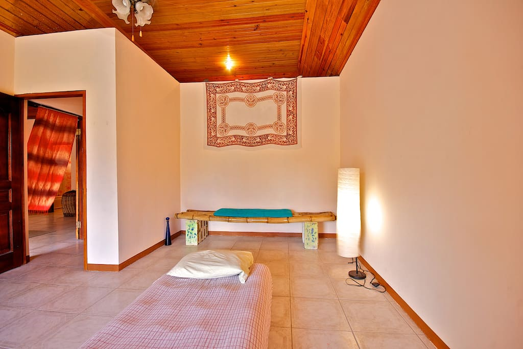 Dolphin Bay Yoga Guest House