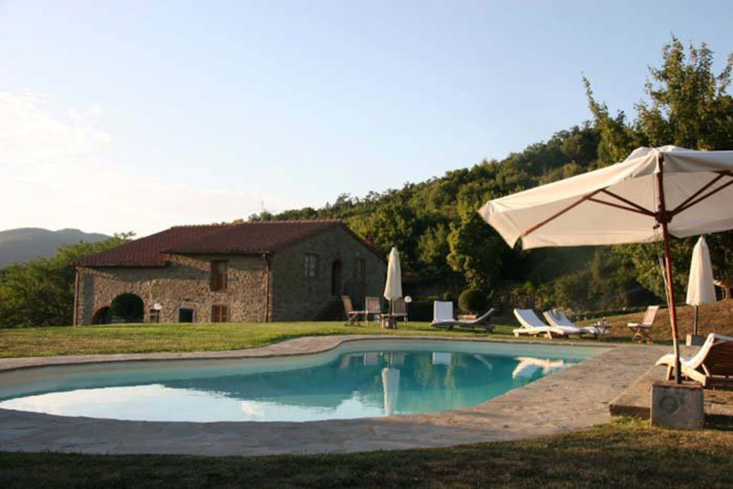 Villa+pool close to Firenze-Pastore