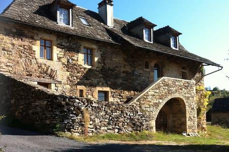 """""""La Maison de Vigneron"""" a 300 yo winegrower house - Saint-Côme-d'Olt - Haus"""