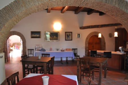 Agriturismo in aperta campagna - Bed & Breakfast