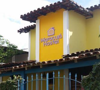 Maracujá Hostel- 1 vaga no coletivo