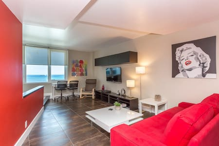September Deal!  Oceanfront Condo