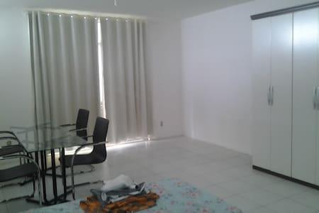 Loft centro 2 pessoas cama solteiro - Manaus
