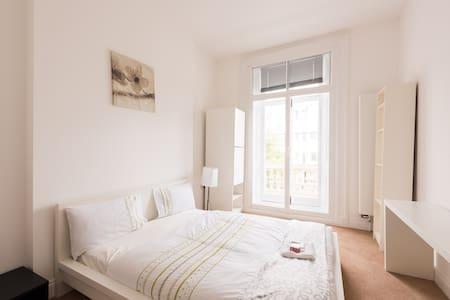 Riverside room Westminster-Pimlico