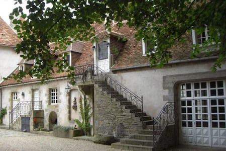 Appartement 5 chambres dans Château - Byt