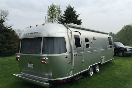5star executive Flying cloud RV - Woodstock - Wohnwagen/Wohnmobil